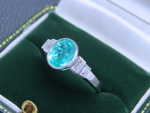Exquisite 2.25ct Paraiba Tourmaline and diamond ring